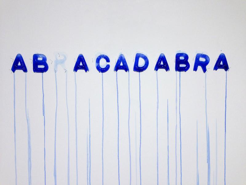 Mathieu ROQUIGNY, Abracadabra, 2013, Glaçons, encre, épingles, 10 x 110 x 3 cm© Salon de Montrouge