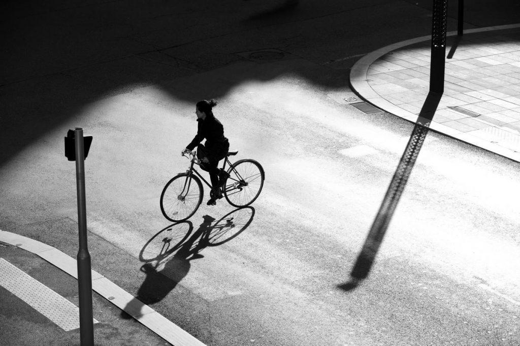 Valérie Trillaud, A bicyclette, 30 x 45 cm Photographie sur papier