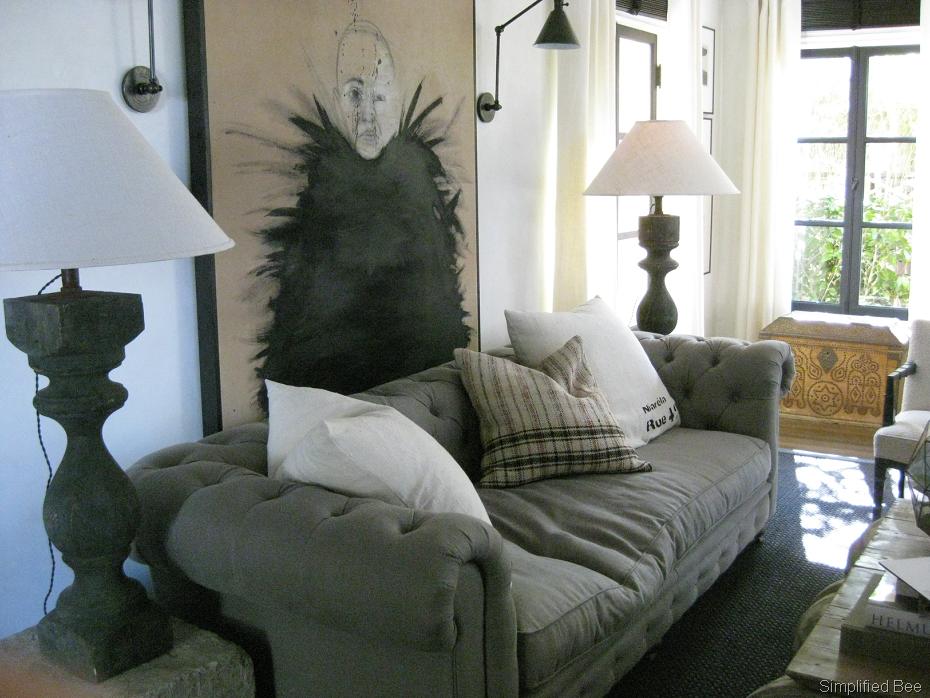 Canapé et tableau