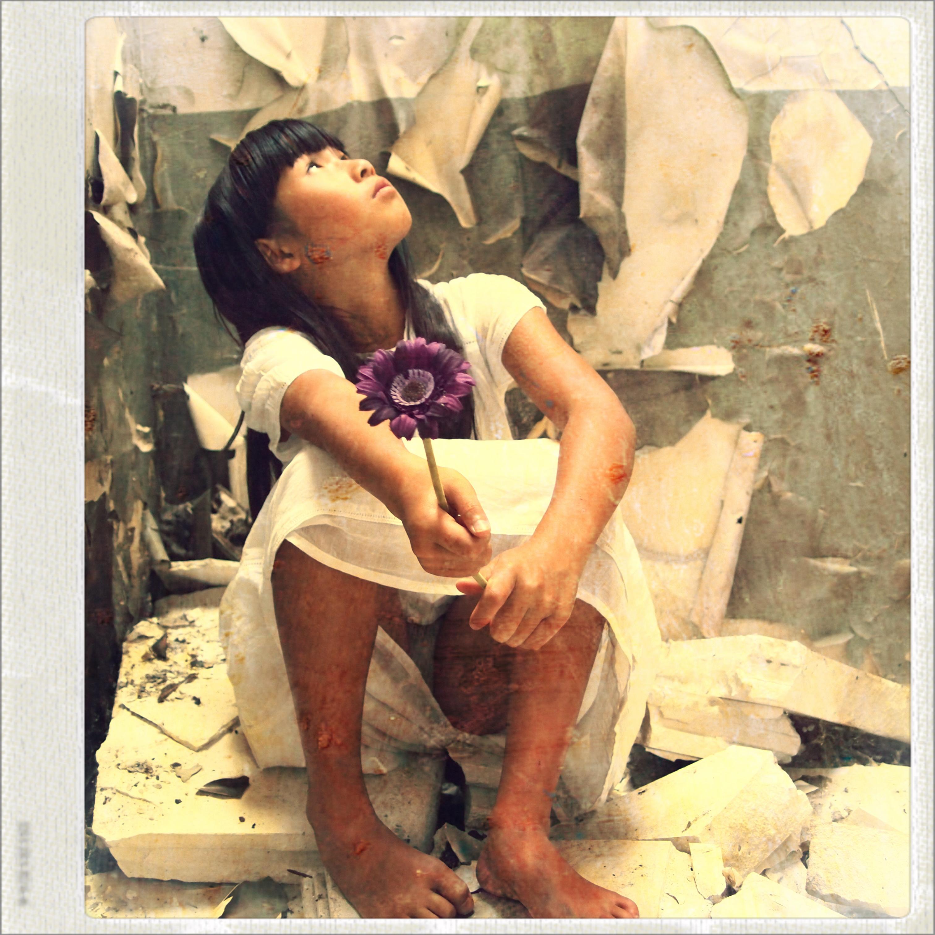 Kay fleur 13 novembre - Haud Plaquette Meline - Artistes de KAZoART