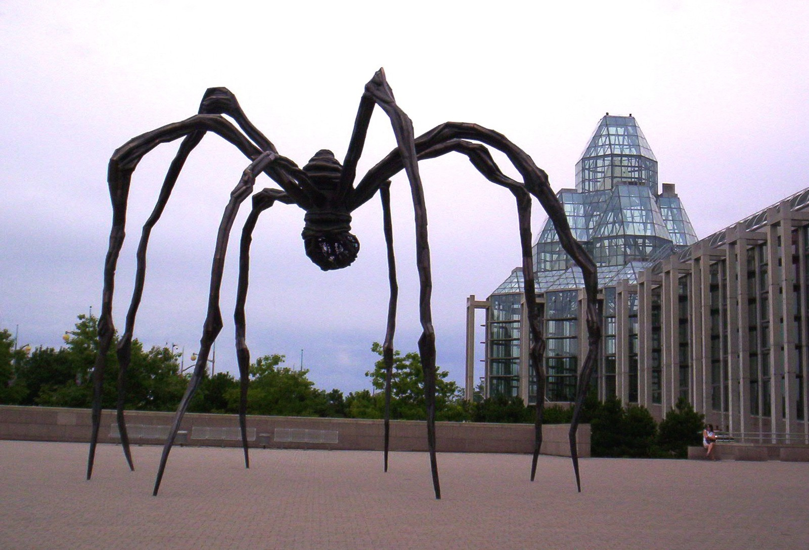 Maman - Louise Bourgeois - Art1314 blog - KAZoART
