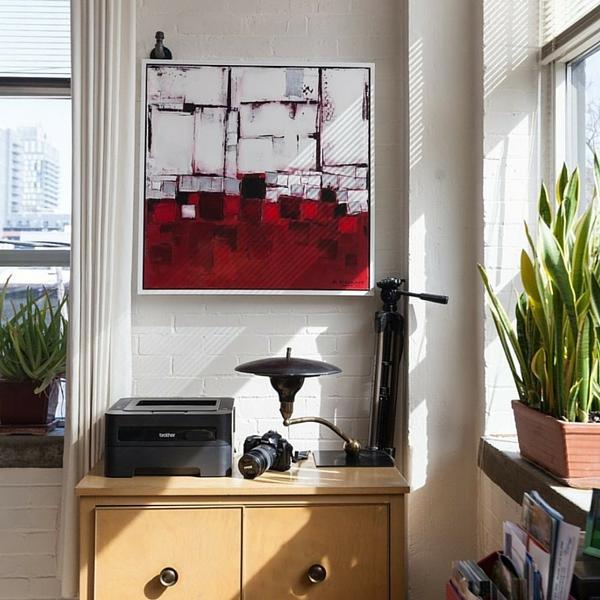 Pour une oeuvre exposée, prévoir un store - Apartment Therapy© - KAZoART