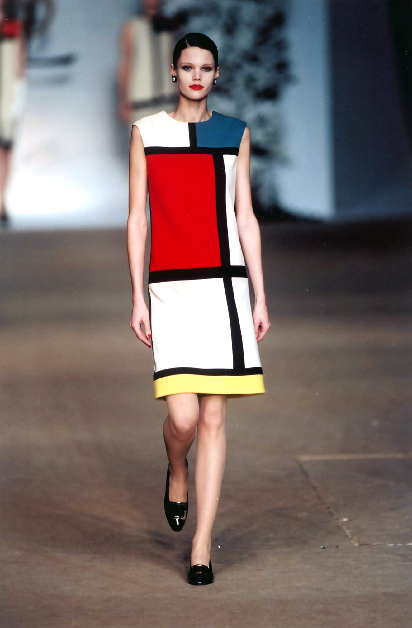 Yves Saint-Laurent, La robe Mondrian