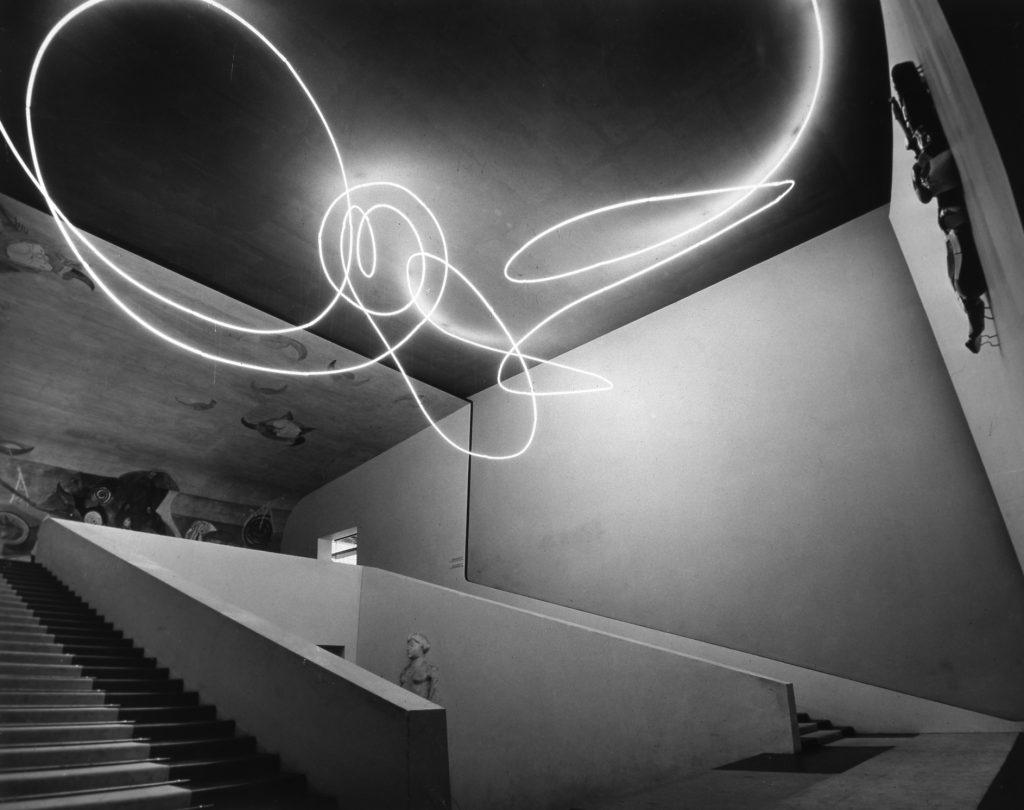 Lucio Fontana, 1951, Luce spaziale, Triennale de Milan