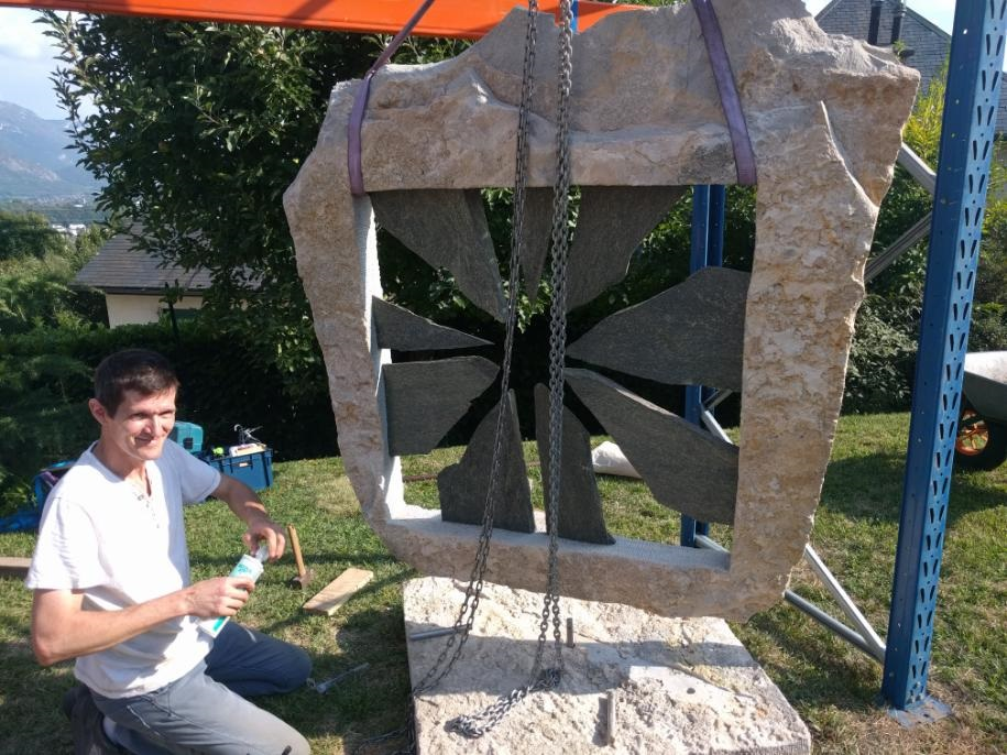 Installation sculpture OUVERTURE août 2018 (11)