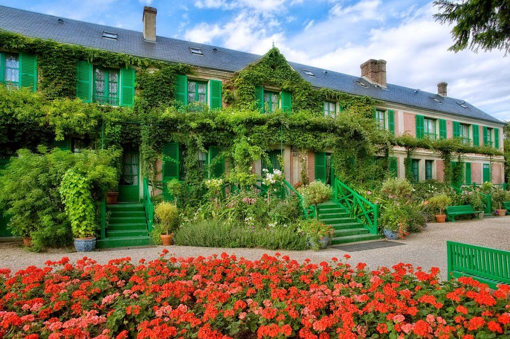 La_Maison_vue_du_Clos_Normand