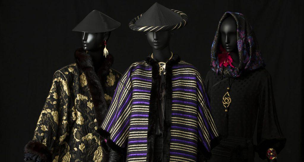 Extrait des pièces présentées au Musée Yves Saint-Laurent pour l'exposition L'asie Rêvée d'Yves Saint-Laurent