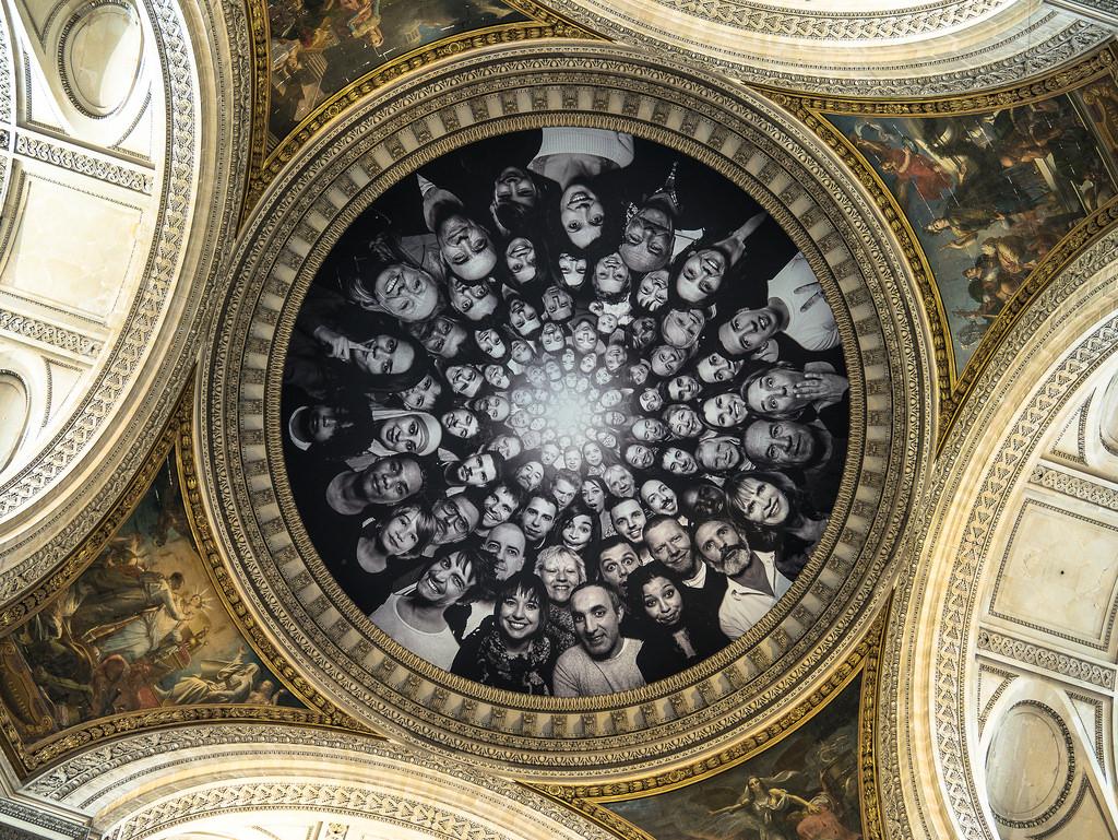 JR, Projet Inside Out à l'intérieur du Panthéon / Photo prise par Yann Caradec / Attribution-ShareAlike 2.0 Generic (CC BY-SA 2.0) / source : flickr.com
